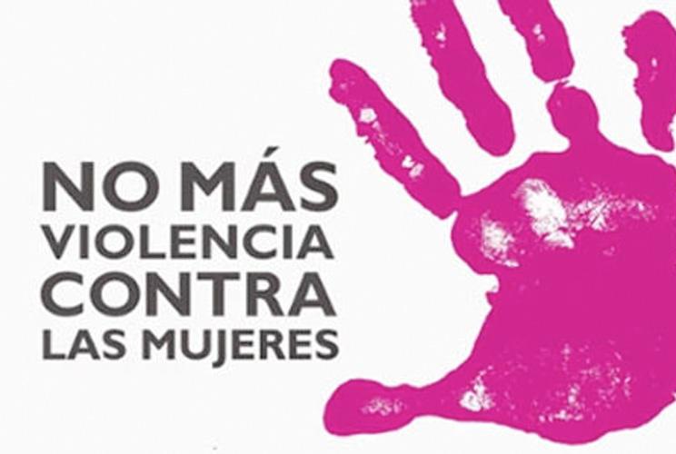 """Cartel con lema """"No más violencia contra las mujeres"""""""